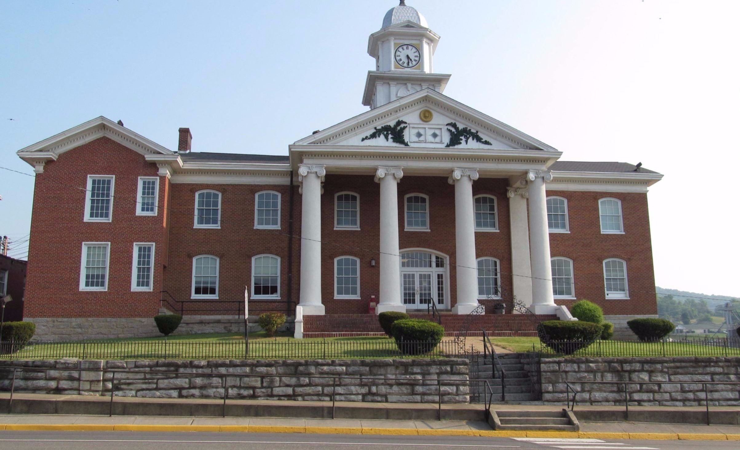 Russell County Courthouse